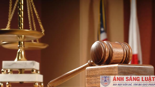 Nhiệm vụ, quyền hạn và trách nhiệm người tiến hành tố tụng của cơ quan xét xử